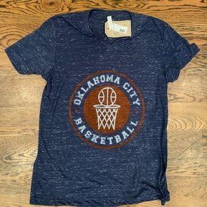 Tops - Oklahoma City Thunder t-shirt